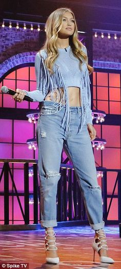 A natural on stage: Yolanda Foster's daughter wore a second outfit on the set...