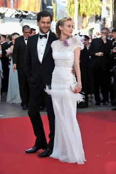 Diane Kruger Is a Vision in White With Joshua Jackson at Cannes - www.popsugar.com