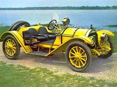Déjate transportar al pasado con estos autos antiguos... Te sentirás como en una auténtica exposición de automóviles; bellezas únicas de otro tiempo ahora piezas de coleccionista.