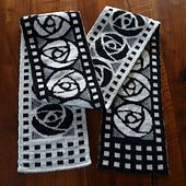 Ravelry: Art Nouveau Scarf pattern by stillerGast Available in English and German.