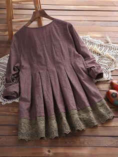 Vintage Lace Patchwork Plaid Blouse sold out Baby Girl Dresses, Cute Dresses, Casual Dresses, Fashion Dresses, Pakistani Dress Design, Pakistani Dresses, Kurta Designs, Blouse Designs, Mode Hijab