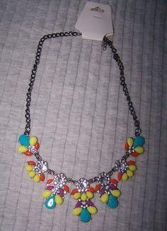 Kupuj mé předměty na #vinted http://www.vinted.cz/zeny/nahrdelniky-koralky-a-privesky/9232079-vyrazny-barevny-nahrdelnik