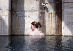 hula paints hyper-realistic bathing ladies from his surfboard
