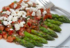 asparagus with tomato salsa and feta cheese Asparagus, Feta, Salsa, Cheese, Vegetables, Recipes, Greek, Foods, Food Food