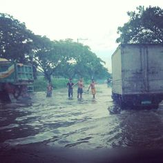 Almost every route i take in Marikina to get home is flooded to some degree #metrounderwater