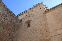 castillo de Santiago en Sanlúcar de Barrameda en Cádiz Louvre, Building, Travel, Castles, Saint James, Viajes, Buildings, Destinations, Traveling