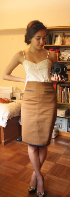 emlywrdswrth.tumblr.com shows off her @ClubMonaco Skirt! #YouBoughtIt