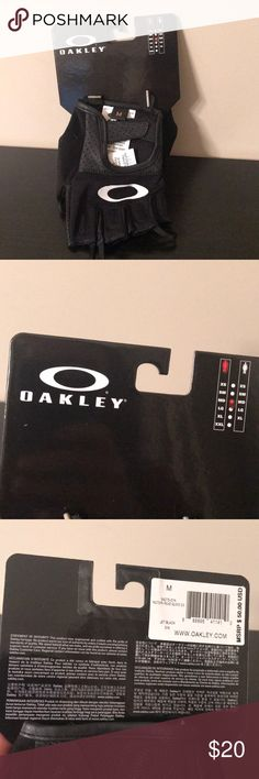 Oakley driving gloves, brand new Med Oakley driving gloves, black Oakley Accessories Gloves