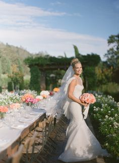 Molly Sims tips for finding the perfect wedding dress: http://www.stylemepretty.com/2015/05/03/molly-sims-tips-for-finding-the-perfect-dress/ | Photography: Gia Canali - http://giacanali.com/wordpress/