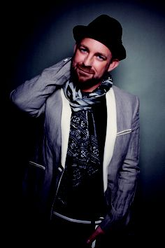 Super duper excited to have Kristian Bush from Sugarland as guest on Country Music Chat Monday August 5 6pmPT.