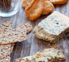Annabel Langbein's Sesame and Oregano Lavosh recipe Lavosh Recipe, Great Recipes, Favorite Recipes, Easy Recipes, Healthy Recipes, Good Food Channel, Savoury Biscuits, Homemade Crackers, Savory Snacks