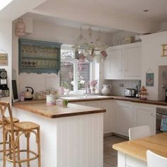 Country And Retro Kitchen Functional Design