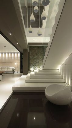 Home Stairs Design, Home Building Design, Dream Home Design, Modern House Design, Modern Exterior House Designs, Modern House Facades, Modern Minimalist House, Interior Staircase, House Design Photos
