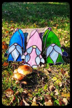 Stained Glass Suncatchers, Stained Glass Lamps, Stained Glass Projects, Fused Glass, Stained Glass Windows, Glass Painting Patterns, Stained Glass Patterns, Stained Glass Christmas, Craft Night