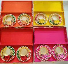 Diwali Diya, Diwali Craft, Diwali Gifts, Diy Diwali Decorations, Flower Decorations, Diwali Candles, Flower Rangoli, Flowers In Hair, Festivals
