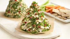 Recipe, grocery list, and nutrition info for Holiday Tree-Shaped Cheese Ball. An easy, eye-catching way to serve a holiday cheese ball. The best news? You can make it up to a month in advance! Christmas Party Food, Christmas Appetizers, Christmas Cooking, Christmas Treats, Christmas Cheese, Christmas Foods, Christmas Nibbles, Christmas Kitchen, Christmas Holiday