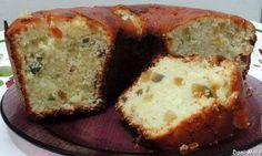 BOLO DE NATAL Ingredientes 1 xícara de chá de manteiga 1 xícara de chá rasa de açúcar 1 lata de creme de leite 4 ovos 2 xícaras de chá bem cheias de farinha de trigo 2 colheres de sopa