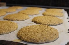 oatmeal cookies with cinnamon Oatmeal Cookies, Healthy Desserts, Cinnamon, Food And Drink, Store, Oatmeal Raisin Cookies, Health Desserts, Canela, Oat Cookies