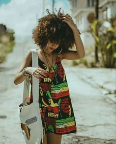 Amazing hair and comfy outfit Black Girl Magic, Black Girls, Black Women, Strong Female, Style Afro, Moda Afro, Afro Punk Fashion, Style Africain, Estilo Hippie