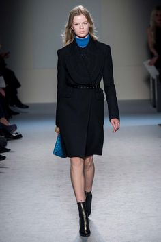 Roland Mouret Fall 2015 Ready-to-Wear Fashion Show