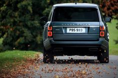 The new Range Rover was recently announced, just a couple of hours ago. Actually, it is not a brand new car, only a facelift. Range Rovers, Range Rover Evoque, Range Rover Auto, Range Rover 2018, The New Range Rover, Vw Bus, Volkswagen, Bmw E46, Ranger