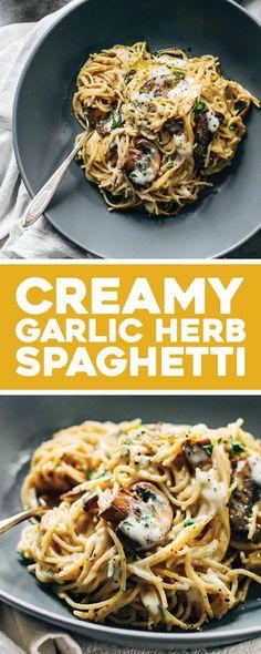This Creamy Garlic Herb Mushroom Spaghetti is total comfort food! Simple ingredients, ready in about 30 minutes. This Creamy Garlic Herb Mushroom Spaghetti is total comfort food! Simple ingredients, ready in about 30 minutes. Sauce Spaghetti, Creamy Spaghetti, Spaghetti Recipes, Pasta Recipes, Cooking Recipes, Spaghetti Squash, Spaghetti Casserole, Creamy Pasta, Simple Spaghetti Recipe