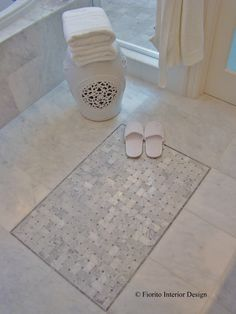 Traditional Bathroom Rug Design, Pictures, Remodel, Decor and Ideas - page 22