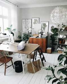 Amazing 38 Fascinating Home Office Design Ideas With Beautiful Plants To Try Asap