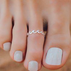 Pretty Toe Nails, Cute Toe Nails, Pretty Toes, Toe Nails White, Simple Toe Nails, Nice Toes, Gorgeous Nails, Wedding Toe Nails, Wedding Toes