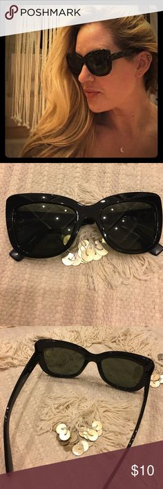 Black Sunnies 😎 Simple  Classic non designer cheapy sunnies 🕶!  Could use some tightening which Nordstrom does for free 😉otherwise these go to sunglasses are in great condition! Accessories Sunglasses