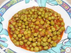 Romanian Food, Chana Masala, Food And Drink, Ethnic Recipes, Eating Clean, Fine Dining