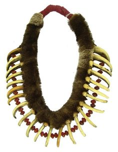 Crow Grizzly Claw Necklace