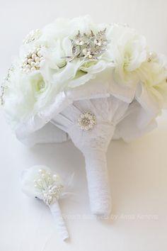 Brooch Bouquet White #Bridal Bouquet Brooch Bridal Broach Bouquet Flower Wedding Bouquet Winter wedding Bouquet Winter Wonderland  Jewelry bouquets make excellent keepsakes.... #ideas #inspiration #instagram #bridal #picoftheday