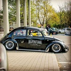 VW Beetle, dumped