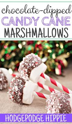 These chocolate dipped marshmallows are the best. They're simple, easy and so much fun! #marshmallows #candycanemarshmallows #chocolatedippedmarshmallows