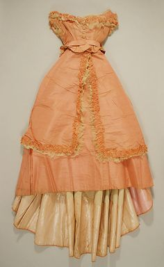 Dress 1870, American, Made of silk