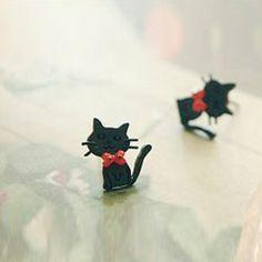 Pair of Cute Fashionable Style Kitten Shape Bowknot Embellished Stud Earrings