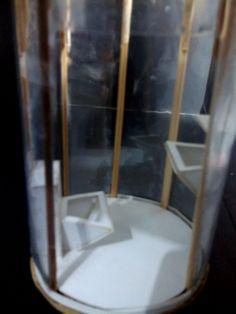 TOILET BAWAH AIR (privasi tapi memberikan unsur atraktif)