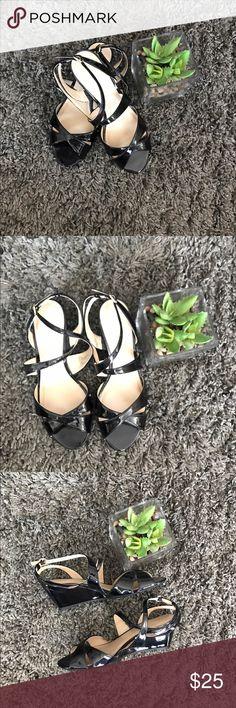 NWOB Liz Claiborne black scrappy heels - size 8.5 NWOB Liz Claiborne shiny black scrappy heels - size 8.5 Liz Claiborne Shoes Heels
