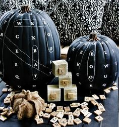 6 really creative no-carve pumpkin decorating ideas for last minute Halloween decorating. Fun stuff!
