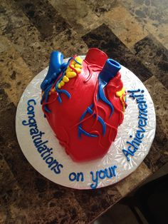 Heart Anatomy Cake for Marcelo's promotion!