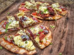 Bbq Seasoning, Breakfast Pizza, Naan, Natural Flavors, Hawaiian Pizza, Vegetable Pizza, Grilling, Bread, Cooking
