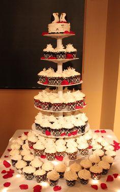 Winter Cupcake Wedding Black And White Centerpieces, Winter Cupcakes, Penguin Wedding, Cupcake Wedding, Cake Gallery, Wedding Ideas, Pop, Future, Drinks