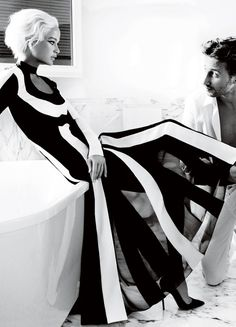 Carolyn Murphy and MATTHIAS SCHOENARTS photographed by Mario Testino, Vogue.