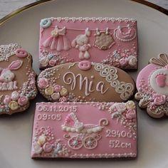#babygirlcookies #welcometotheworld #handdecorated #royalicing #sweetgift #maybeacookie