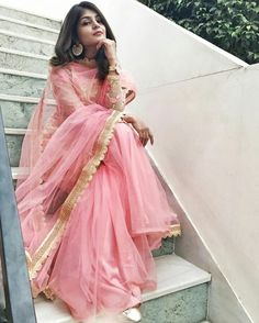 Best Trendy Outfits Part 35 Indian Bridal Fashion, Indian Wedding Outfits, Indian Outfits, Indian Gowns, Indian Attire, Pakistani Formal Dresses, Indian Photoshoot, Ethnic Outfits, Trendy Outfits