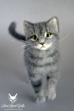 needle felted cat sculpture, pose-able