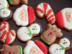 You can paint cookies to make wonderful decorations for Christmas or holidays. It's simple using food colorings. Easy Meringue Frosting.