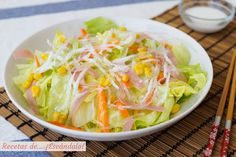 Ensalada china con su salsa blanca agridulce casera Oriental Food, Bao, Smoothies, Cabbage, Vegetables, Recipes, Microwaves, World, Chinese Recipes