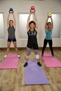 Dieses 20-minütige Kettlebell Workout bringt dich ins Schwitzen